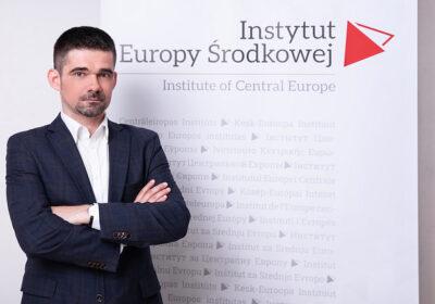 dr Jakub Olchowski