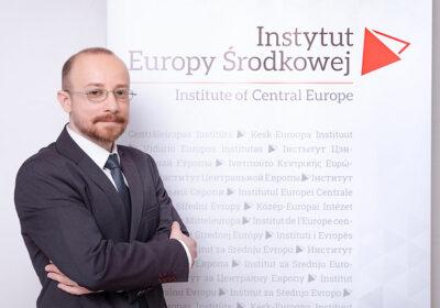 dr hab. Konrad Pawłowski