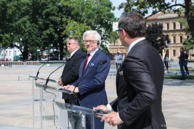 [Zdjęcie: ministrowie spraw zagranicznych Litwy, Polski i Ukrainy w Lublinie, 28.07.2020, msz.gov.pl]